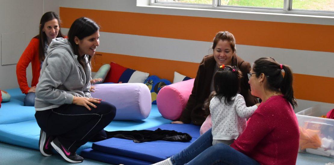 Taller bebé mamá First Steps Colegio San Pedro